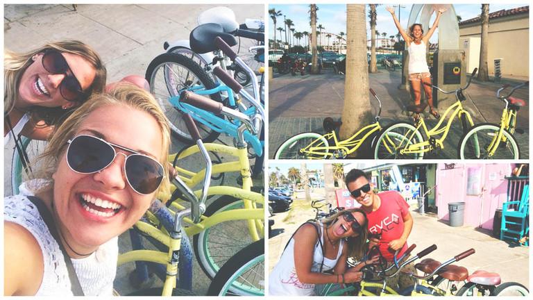 sõpradega ratastega sõitmas