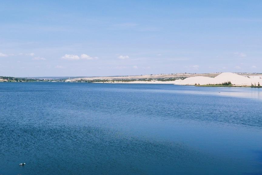 pilt järvest