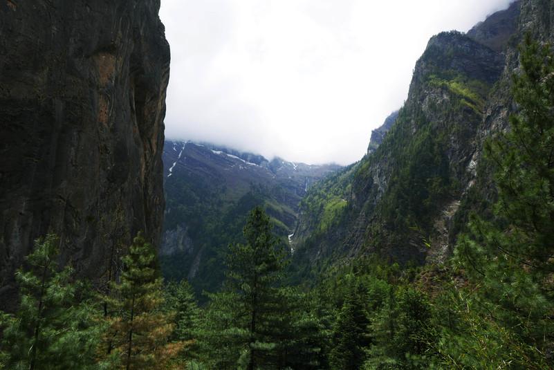 lumised mäetipud