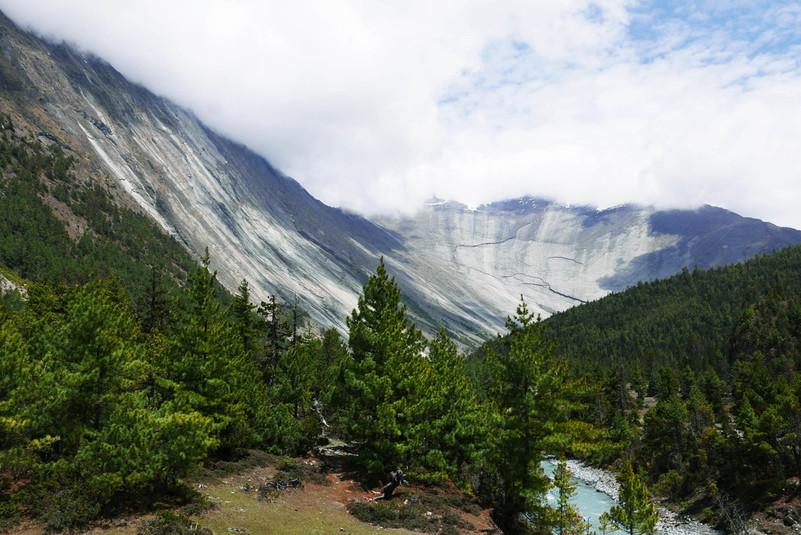 reis nepali mägedesse
