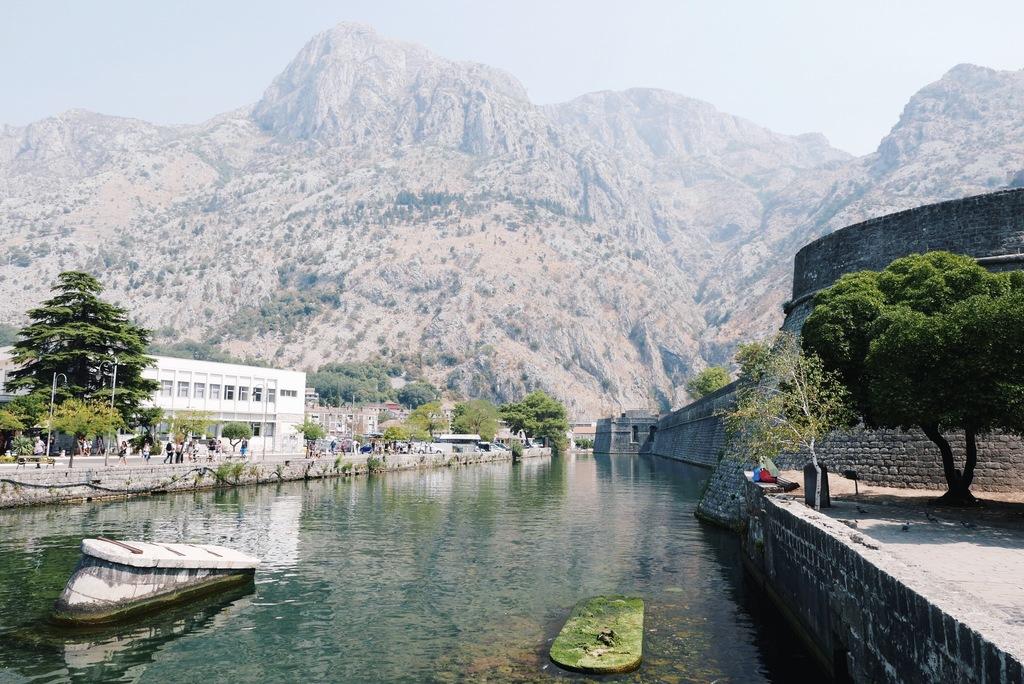 mereäärne montenegro