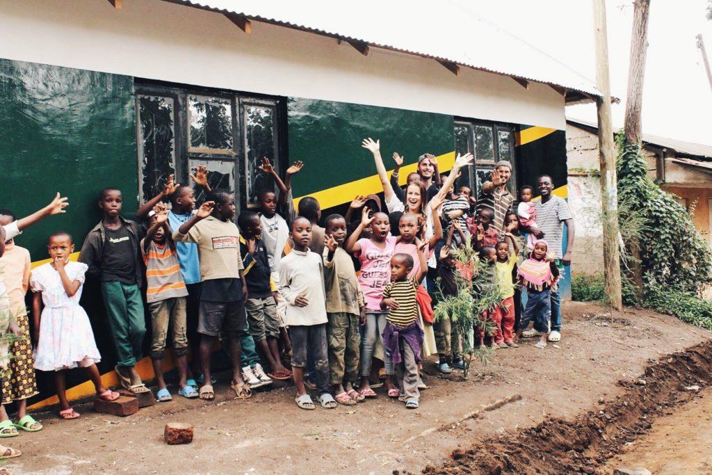 vabatahtlikena aafrikas inglise keelt õpetamas