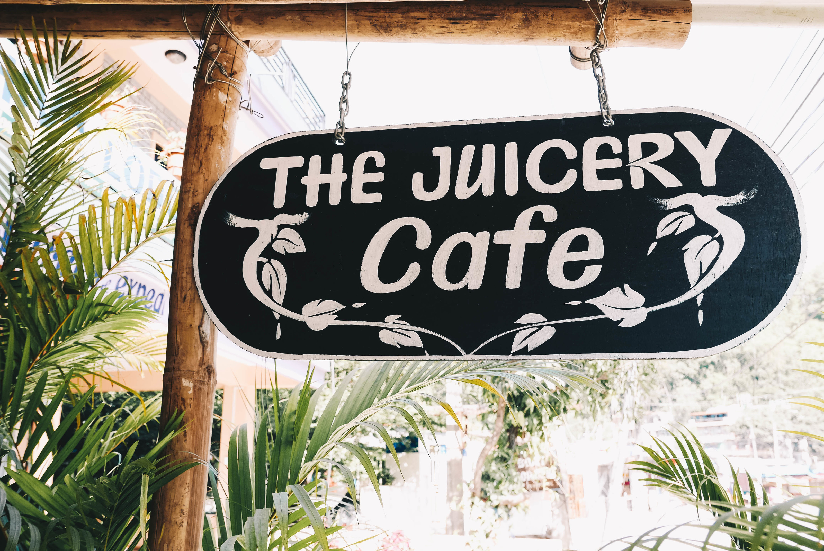 nepalis on juicery cafe